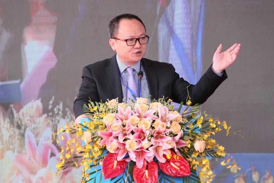 广东省商务厅副厅长陈越华开幕致辞